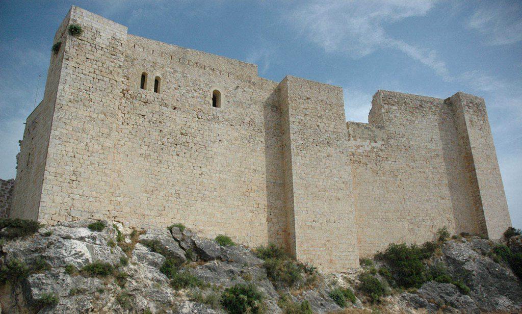 muralla castell miravet tarragona