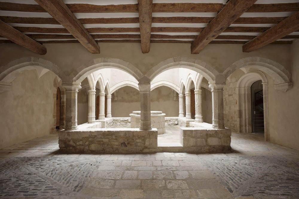 Interior monestir de les santes creus